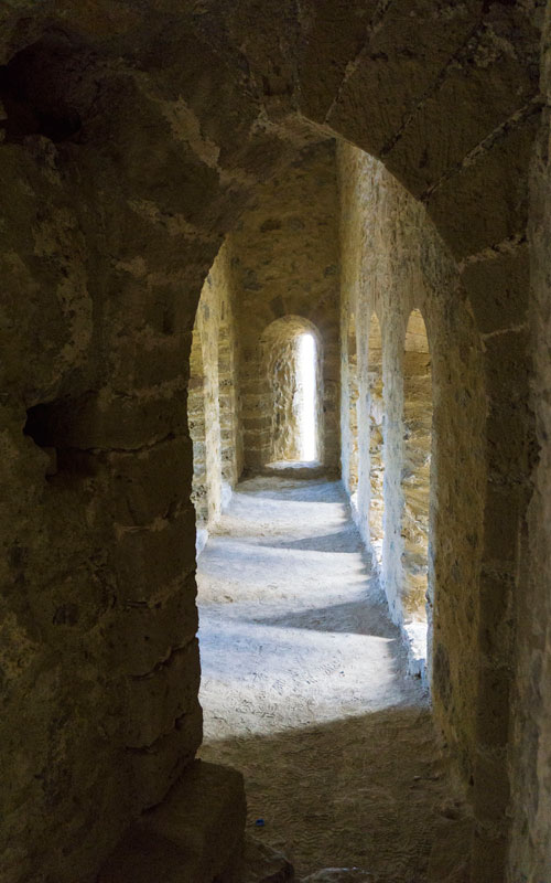 Inside-Kantara-Castle